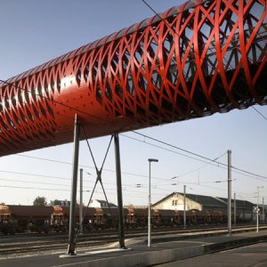 dzn_sq_tschumi_bridge-09